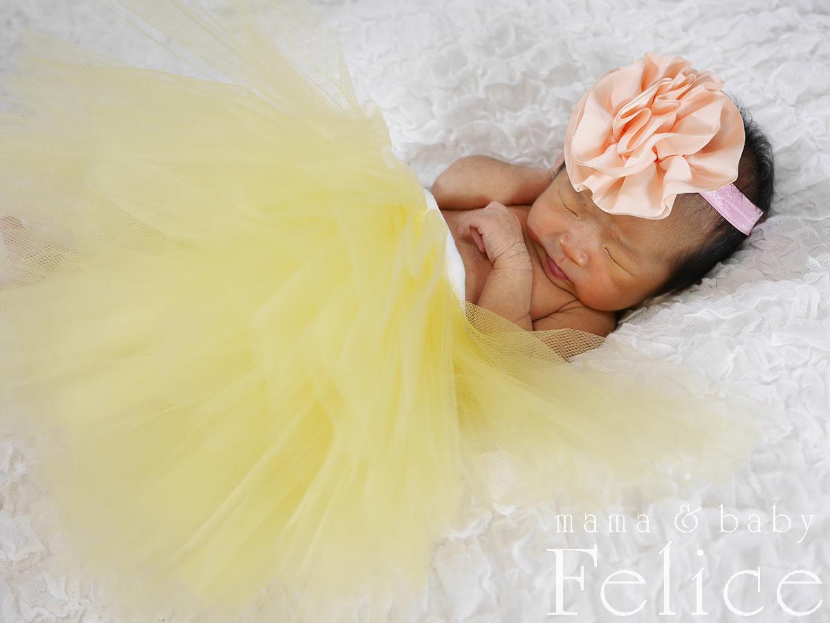生後2週間の新生児ベビー